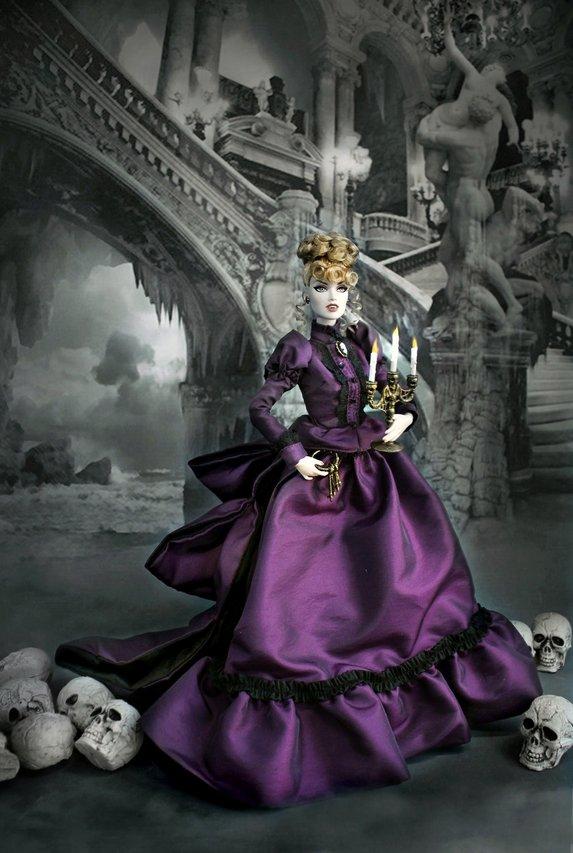 Fashion Royalty Brides%20of%20Dracula%20Contessa%20t1