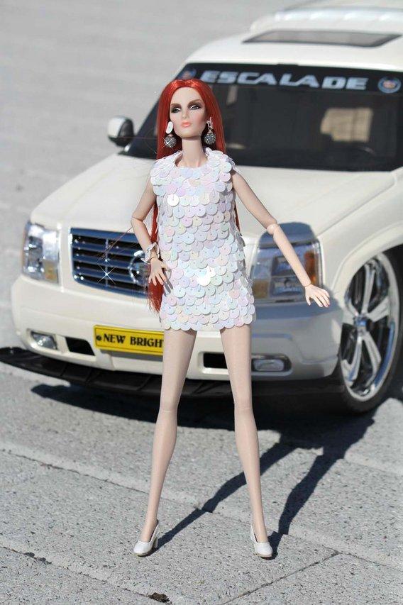 Fashion Royalty - Sivu 3 Elise%20Dazzle%20c1