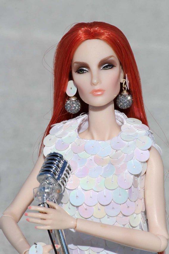 Fashion Royalty - Sivu 3 Elise%20Dazzle%20c8