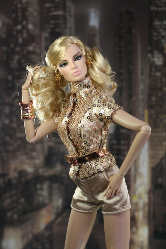 Fashion Royalty Eugenia%20Solid%20Gold%20t2