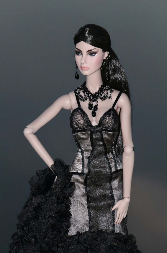Fashion Royalty - Sivu 6 Agnes%20IntimateReveal%20L2a