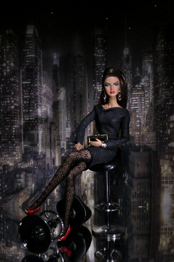 Fashion Royalty - Sivu 40 Agnes%20Nightfall1