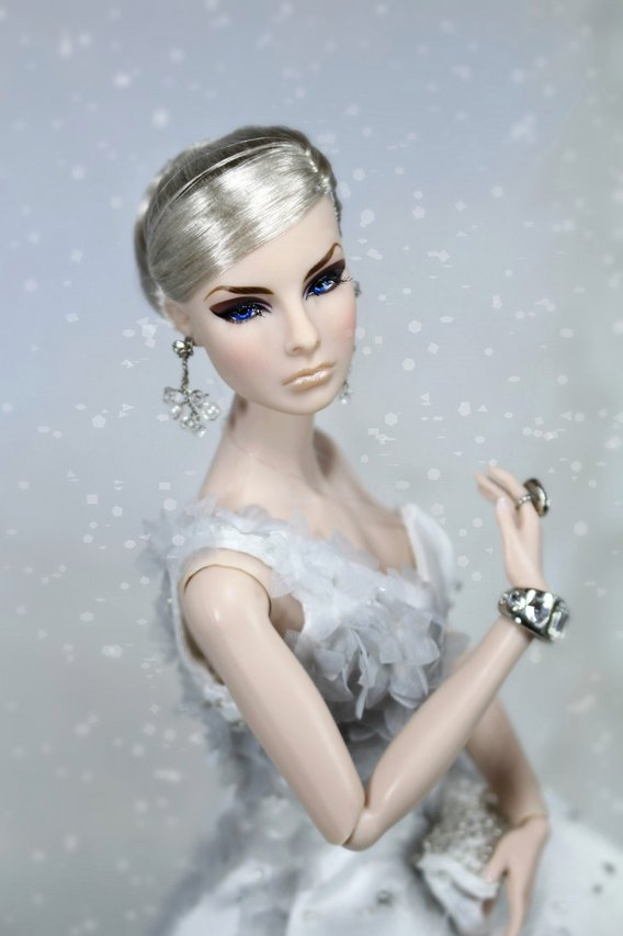Fashion Royalty - Sivu 2 Agnes%20Poesie%20Enchantee%20t5s