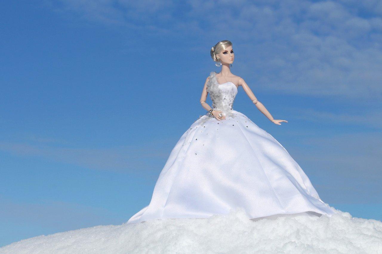 Fashion Royalty - Sivu 6 Agnes%20PoesieWinter%20L6