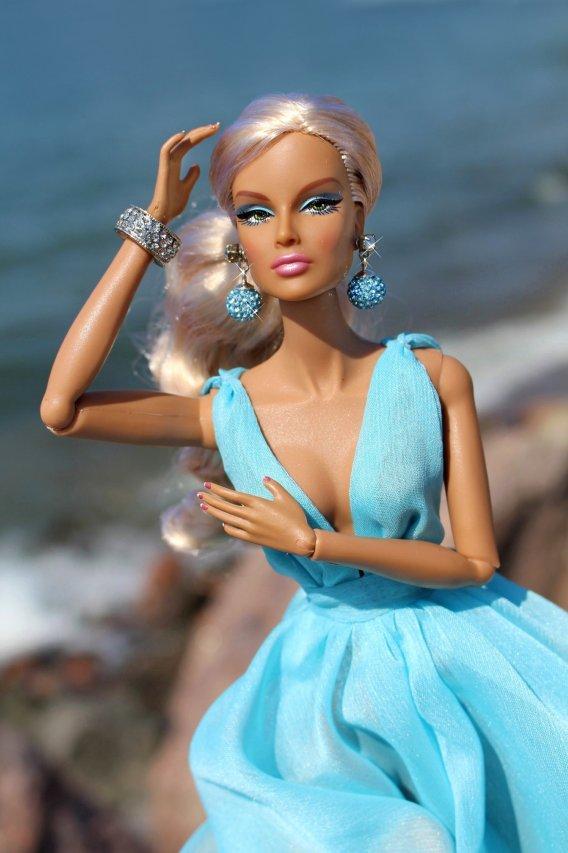 Fashion Royalty - Sivu 40 Dania%20Irresistible%20Blue2b
