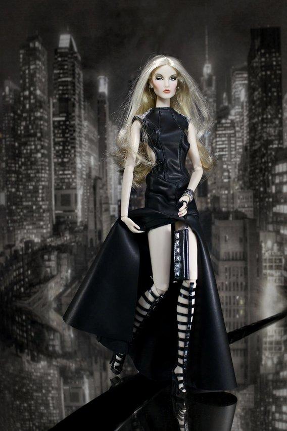 Fashion Royalty Elise%20BLack2