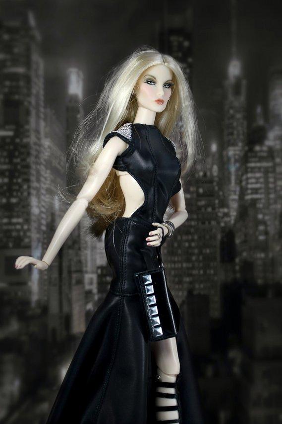 Fashion Royalty Elise%20BLack3