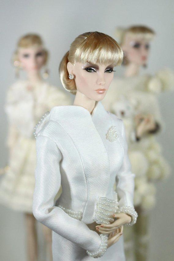 Fashion Royalty - Sivu 2 Elise%20Flawless%20whitepearls%20t1