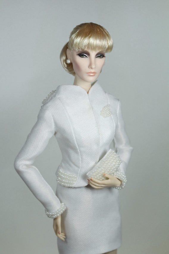 Fashion Royalty - Sivu 2 Elise%20Flawless%20whitepearls%20t2