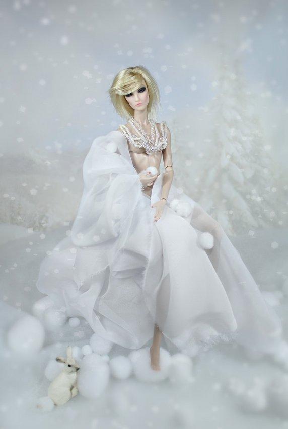 Fashion Royalty - Sivu 2 Elise%20JC%20talvifantasia3