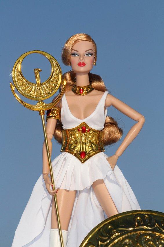 Fashion Royalty - Sivu 8 Eugenia%20Empress%20of%20the%20Sun%20Lt4