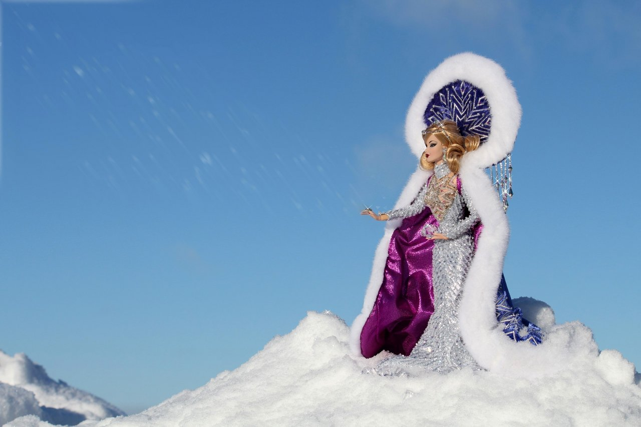 Fashion Royalty - Sivu 6 Veronique%20ArcticGoddess%20tL6f