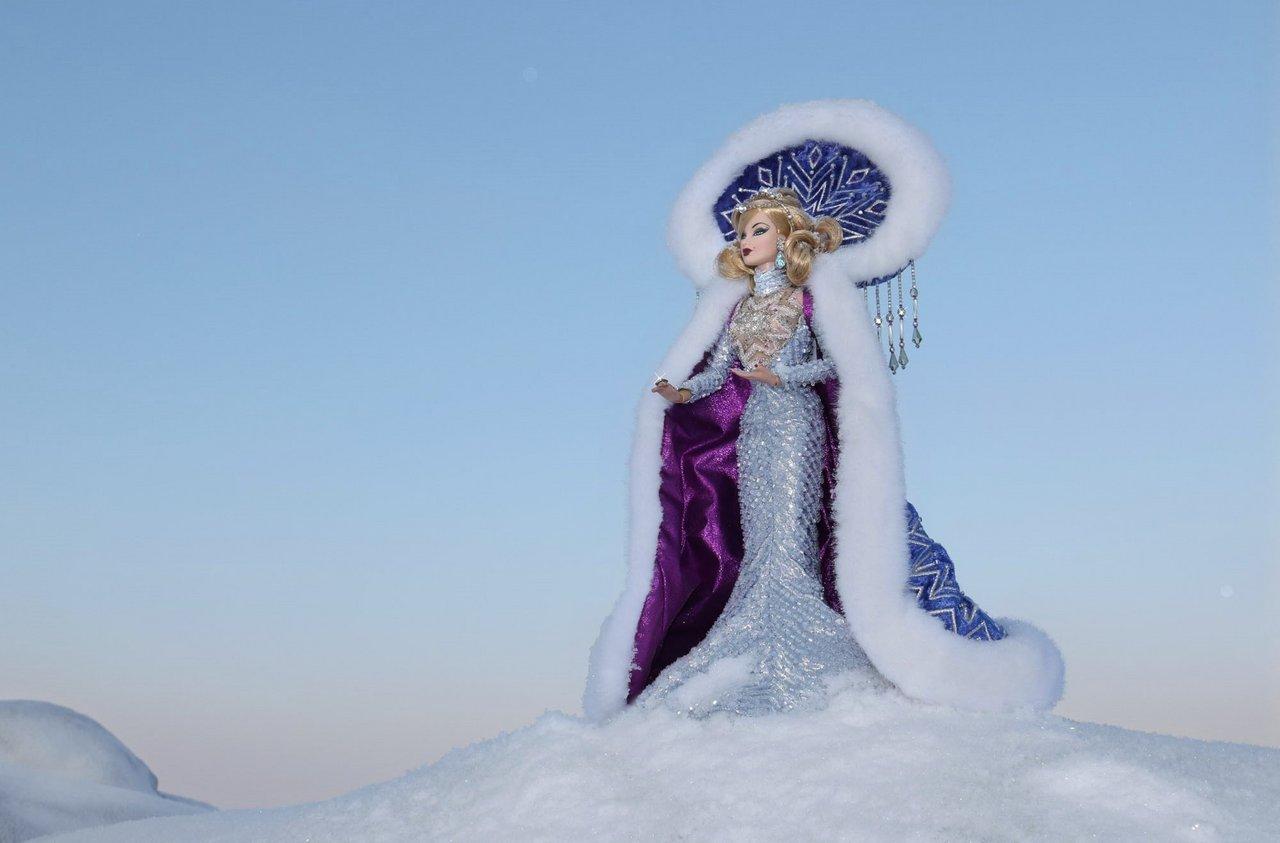 Fashion Royalty - Sivu 6 Veronique%20ArcticGoddess%20ta1a