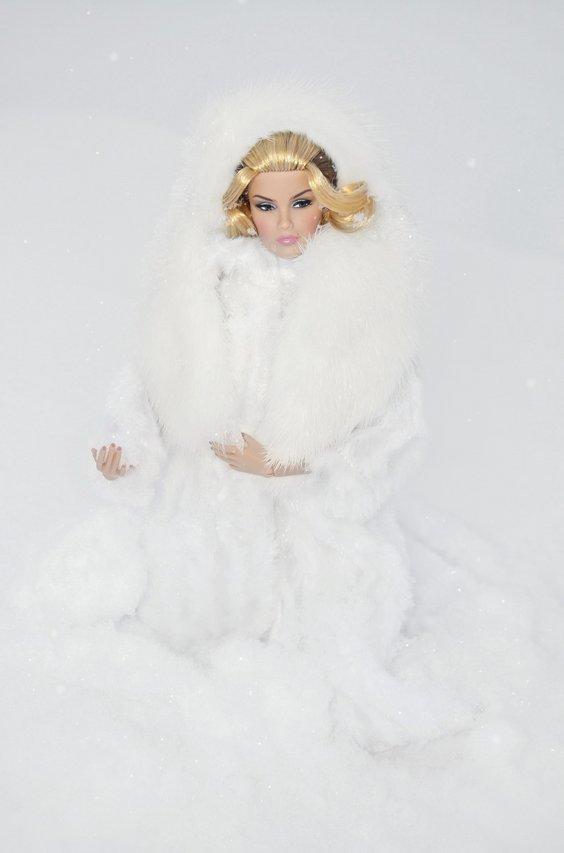 Fashion Royalty - Sivu 8 Veronique%20SnowQ%20L2