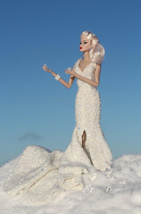 Fashion Royalty - Sivu 6 Veronique%20SnowQueen%20tL1