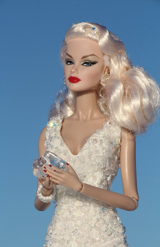 Fashion Royalty - Sivu 6 Veronique%20SnowQueen%20tL3