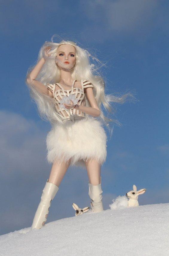 Fashion Royalty - Sivu 6 Elise%20WhiteRabbit%20tL7a