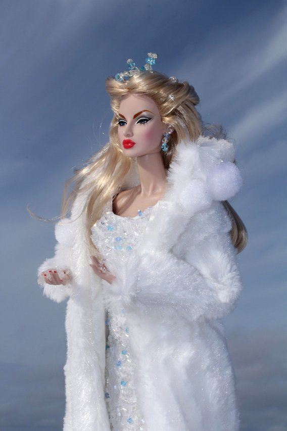 Fashion Royalty - Sivu 2 Eugenia%20IceQueen%20L8