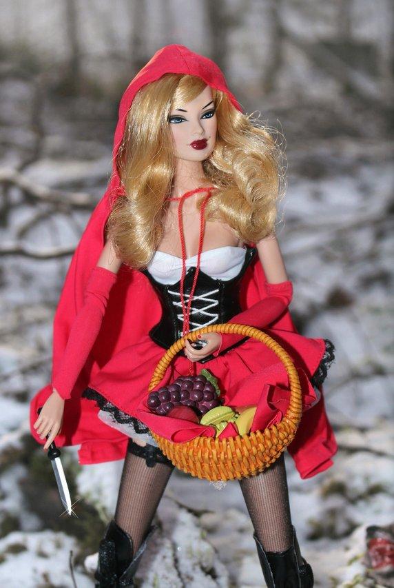 Fashion Royalty RedRidingHood%20Veronique3b