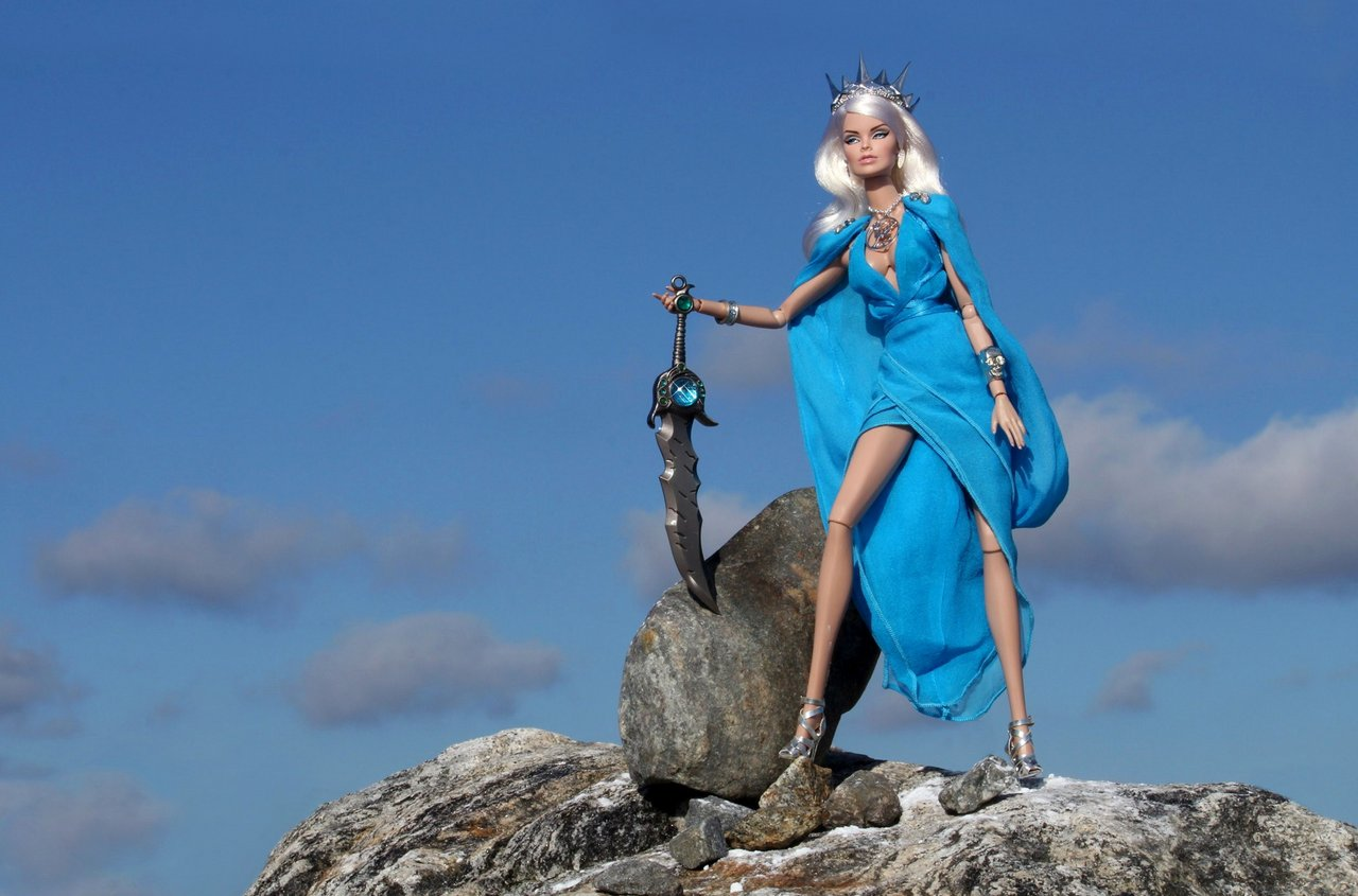 Fashion Royalty - Sivu 6 Vanessa%20Emerald-A%C3%BDrun%20L1