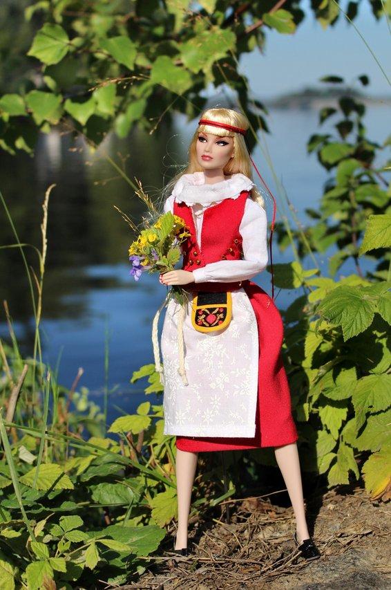 Fashion Royalty - Sivu 40 Pukkila3