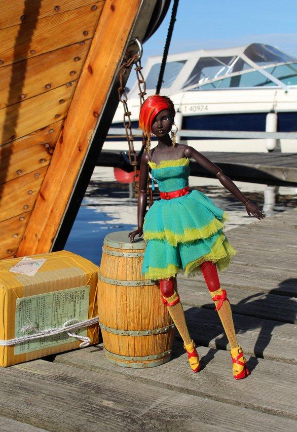 Fashion Royalty - Sivu 39 Emmi1%20ooak%20by%20Emilia