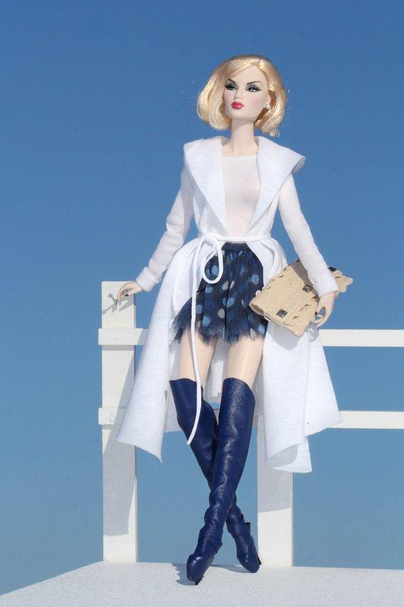 Fashion Royalty - Sivu 8 Korinne%20in%20Dagamoart%20Ll2