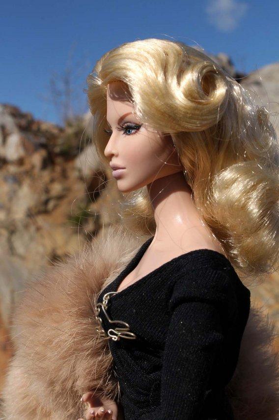 Fashion Royalty - Sivu 3 Luchia%20Rabbit%20K6