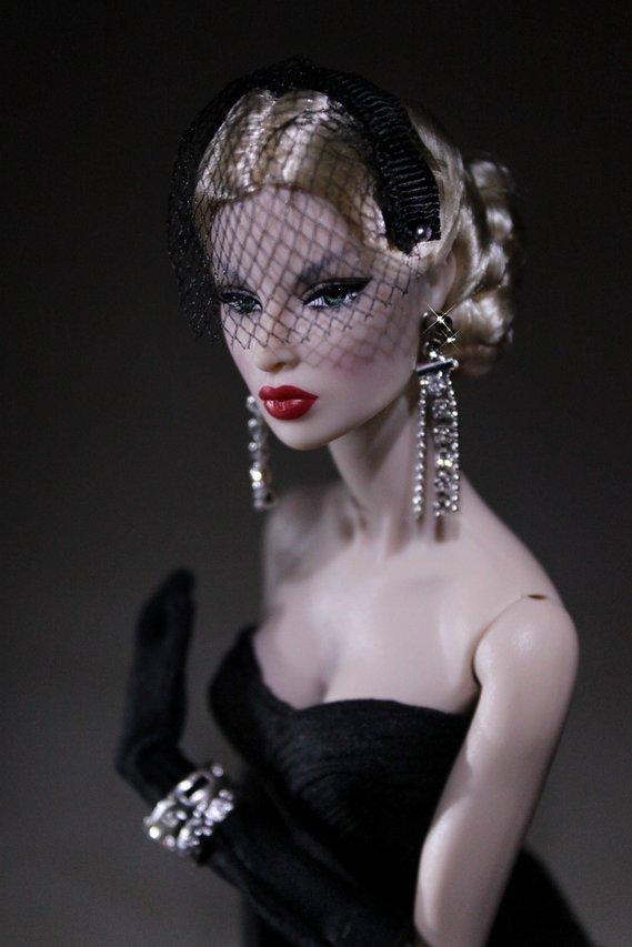 Fashion Royalty - Sivu 40 Eugenia%20After%20Tonight%20p1