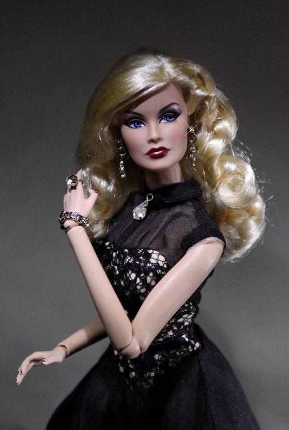 Fashion Royalty - Sivu 40 Veronique%20Bewitching3