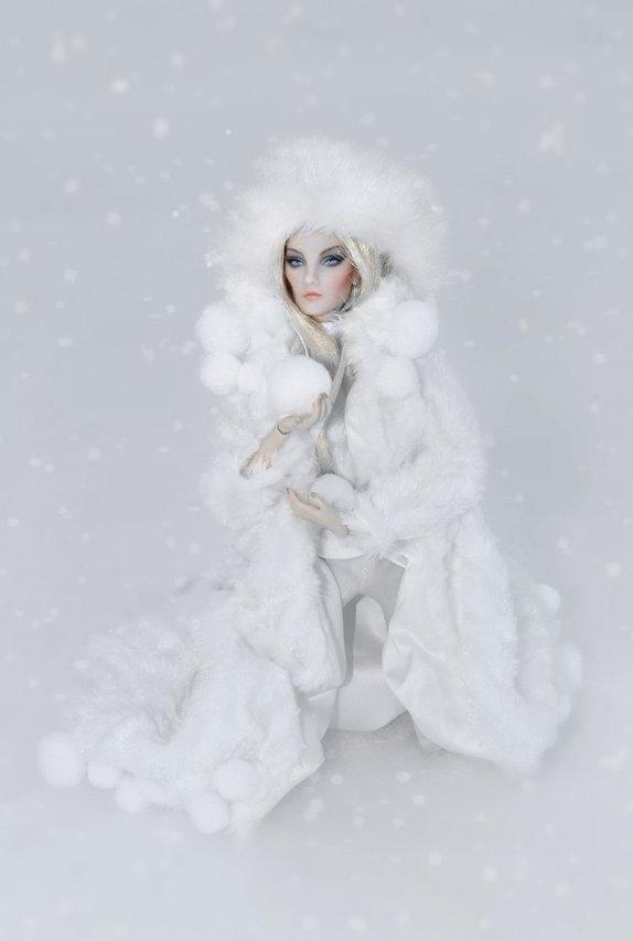 Fashion Royalty - Sivu 2 Elise%20deWinter%20s6s