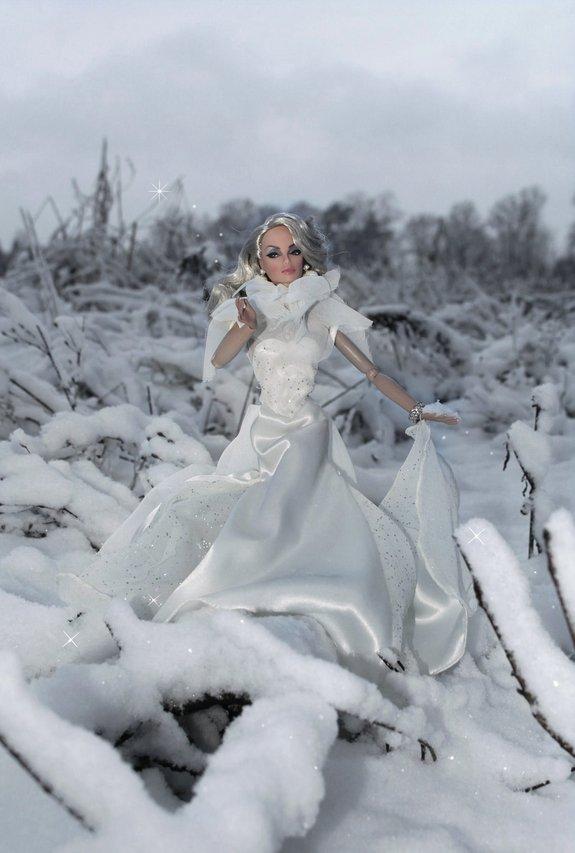 Fashion Royalty Monogram%20White%20L1