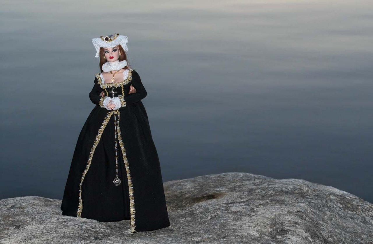 Fashion Royalty - Sivu 3 Vanessa%20Contessa%20L1