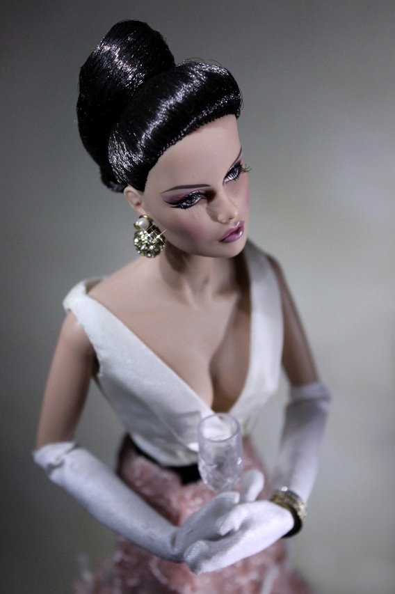 Fashion Royalty - Sivu 40 Vanessa%20Monaco%20portrait4
