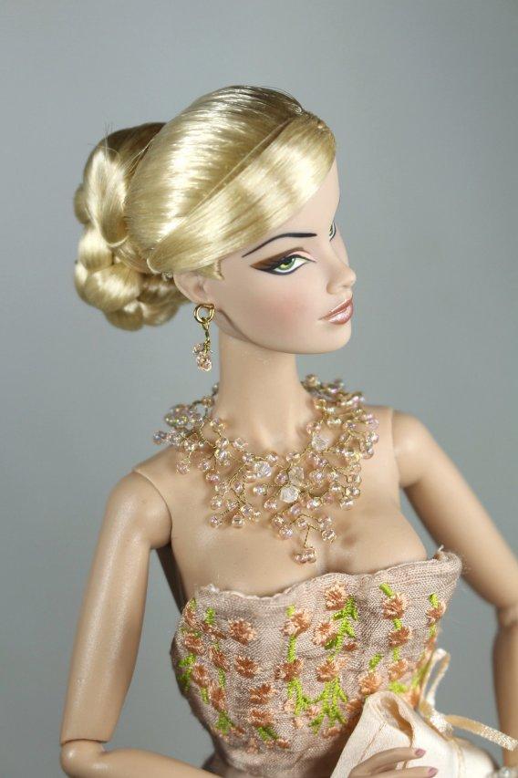 Fashion Royalty - Sivu 2 Veronique%20Sanghai%20in%20Bloom%20t1