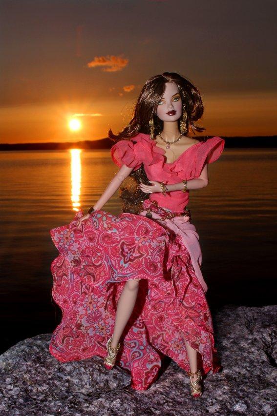 Fashion Royalty - Sivu 40 Veronique%20Exotic%20Fire1