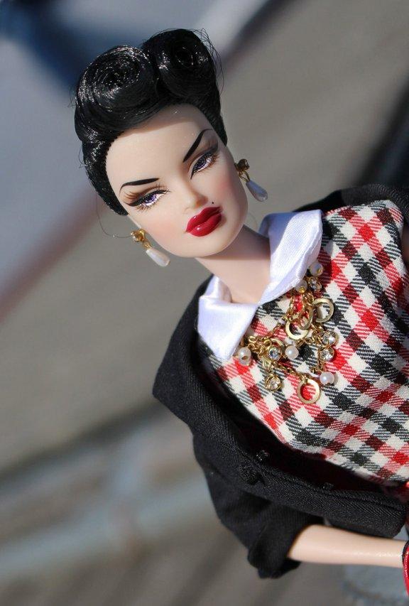 Fashion Royalty - Sivu 39 Veronique%20Mastermind%20V6c