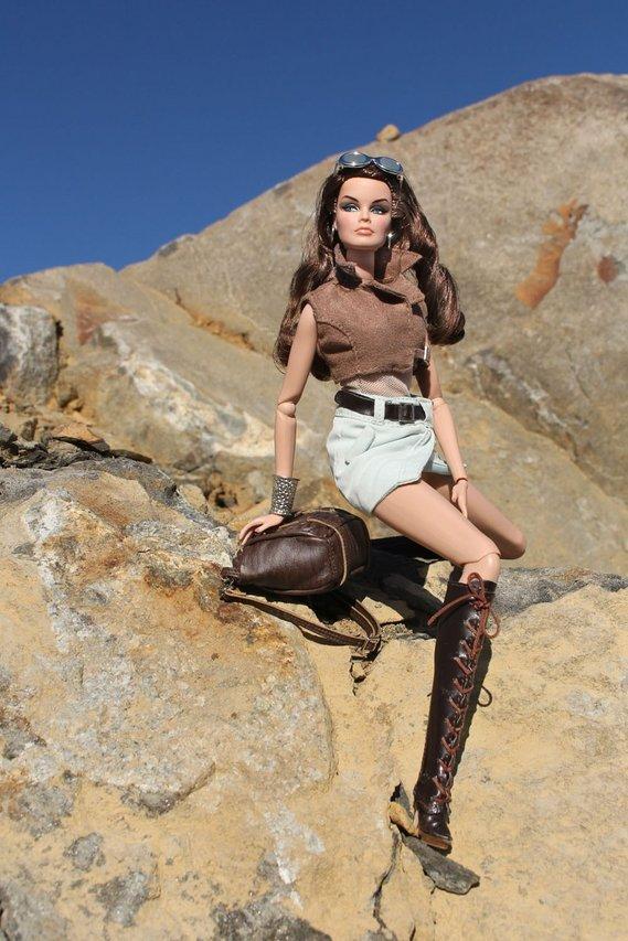 Fashion Royalty - Sivu 3 Veronique%20FashionExplorer%20K2