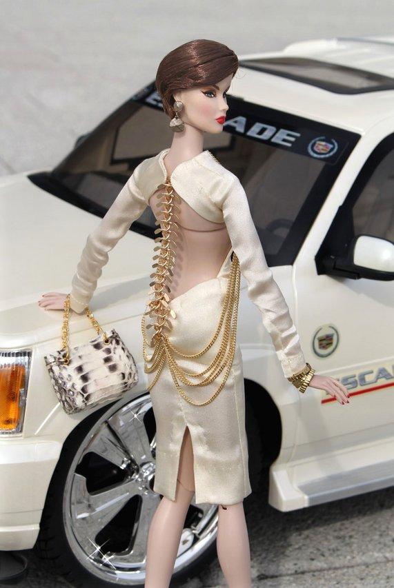 Fashion Royalty - Sivu 3 Veronique%20Spine%20c4