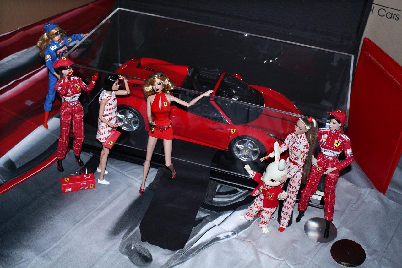 Fashion Royalty - Sivu 6 Ferraripaketti7