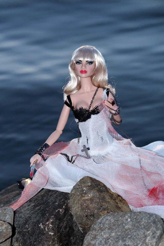 Fashion Royalty - Sivu 3 Natalia%20theBride%20L7b