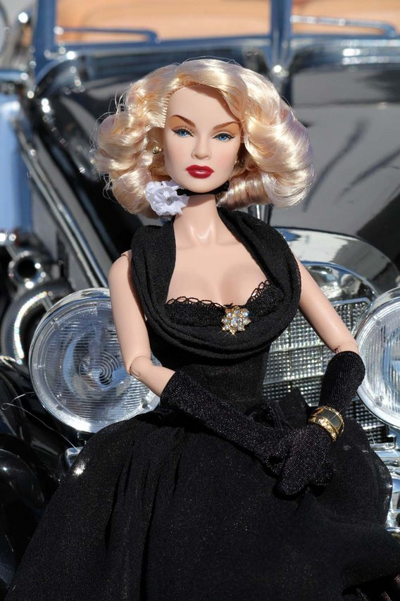 Fashion Royalty - Sivu 3 Lana%20Turner%20Ethereal%20Return%20mb4