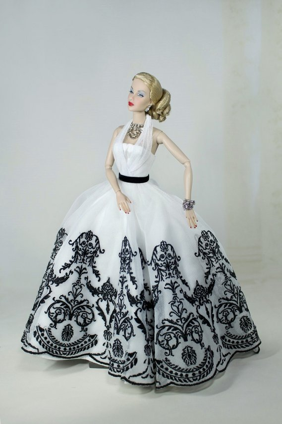 Fashion Royalty - Sivu 2 Lana%20Turner%20LoveStory%20t5