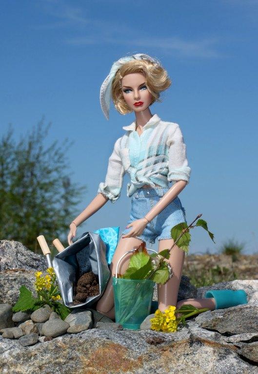 Fashion Royalty - Sivu 13 Agnes%20planting%20p2