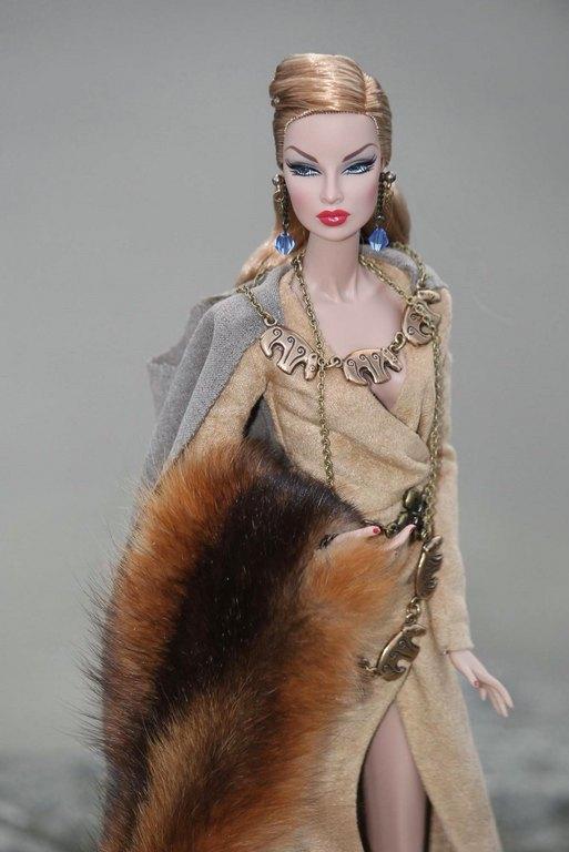 Fashion Royalty - Sivu 9 Eugenia%20KalevanKarhu%20Ls4