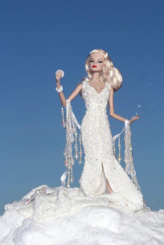 Fashion Royalty - Sivu 8 Veronique%20SnowQueen%20Th1