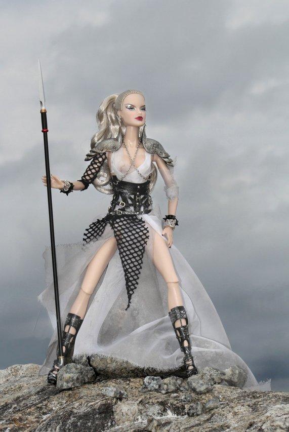 Fashion Royalty - Sivu 9 Veronique%20Onyx%20L6