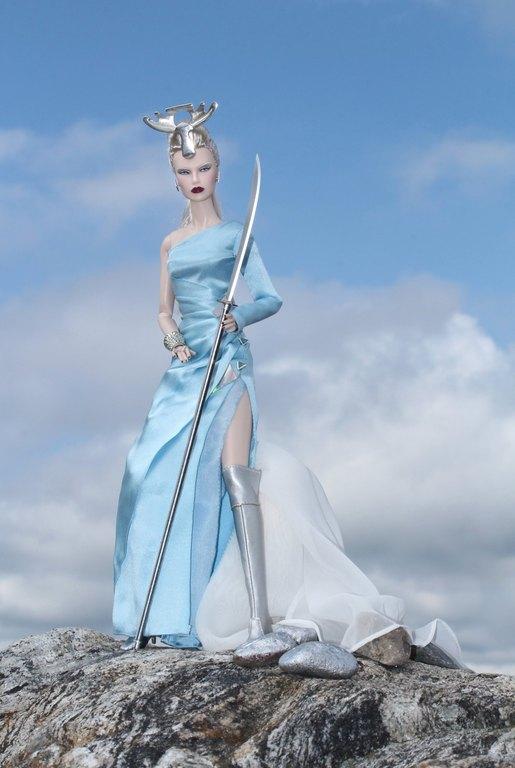 Fashion Royalty - Sivu 9 Dasha%20SilverMoose%20Lk5