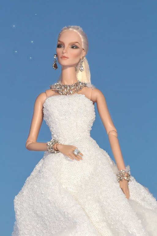 Fashion Royalty - Sivu 9 Elise%20Frosted%20Ll2