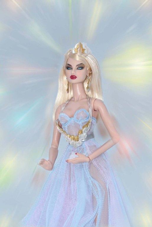 Fashion Royalty - Sivu 9 Eugenia%20AuroraBorealis%20Lj2f